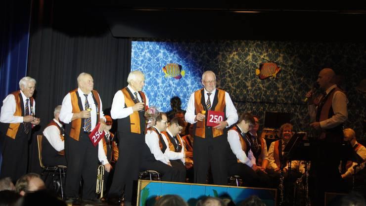 Treue Musikanten: Unsere 4 Veteranen mit 250 Aktivjahren.