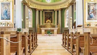 Die Limmattaler Kirchen müssen immernoch verschiedene Schutzmassnahmen umsetzen. Hier die Schutzmassnahmen in der katholischen Kirche Dietikon.