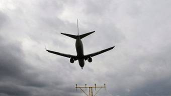 Eine Boeing 737 ist mit 50 Menschen an Bord in Kazan abgestürzt, es gab keine Überlebenden.