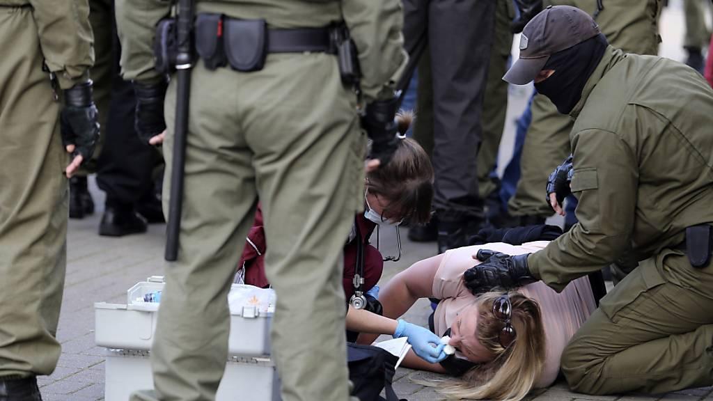 Mehr als 200 Festnahmen bei Frauen-Protest gegen Lukaschenko