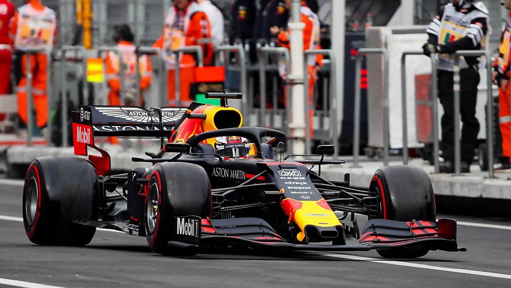 Sicherte sich für den GP von Mexiko am Sonntag die Pole-Position: Max Verstappen im Red Bull.