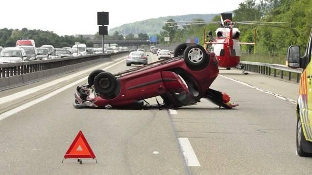 Autofahrerin baut Unfall auf A1 bei Oensingen