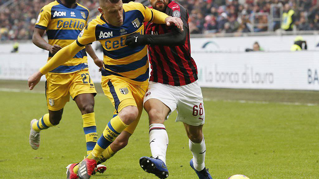 Ricardo Rodriguez (rechts, hier im Match gegen Parma) ist in Milans Verteidigung eine feste Grösse