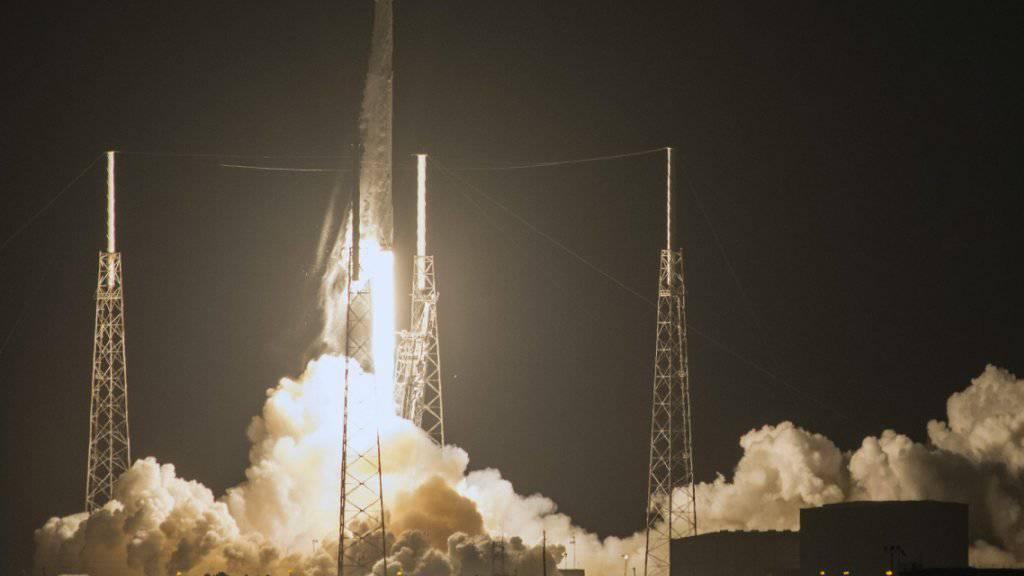 An Bord der «Dragon»-Kapsel sind 2300 Kilogramm Ladung für die ISS.