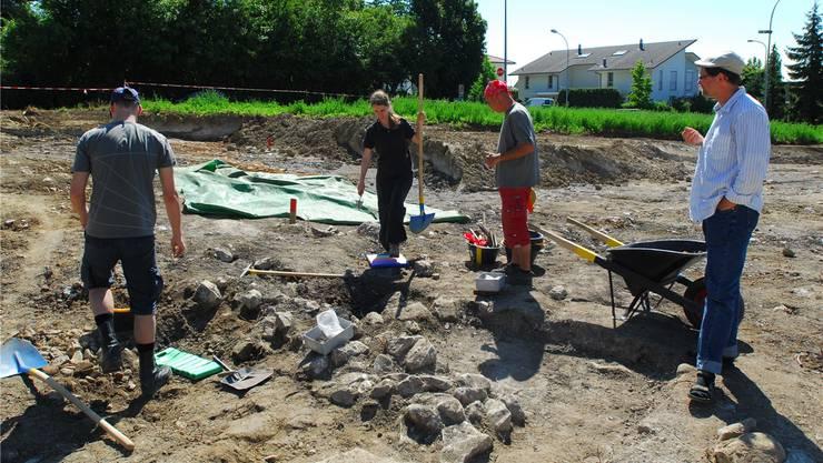 Die Ausgrabung an der Maria-Schürer-Strasse in Grenchen ... fotos: fup