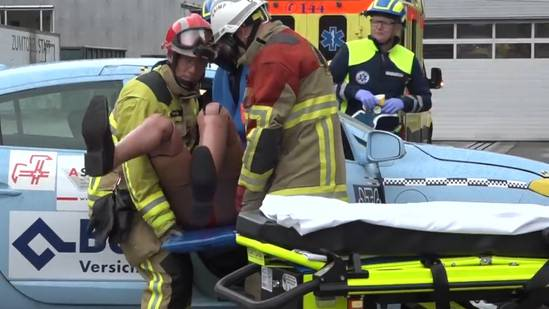 Crashtest: Bewältigung von Elektroauto-Unfällen ist tückisch