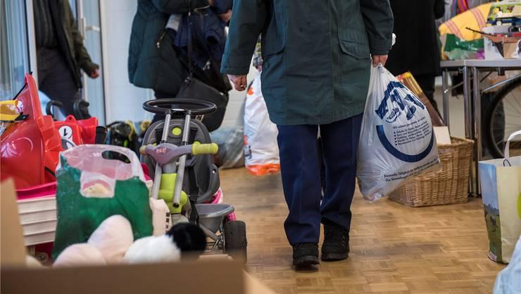 Kinderspielzeug, Kleider, Gebrauchsgegenstände: Vieles wurde bei der Spendenaktion abgegeben. (Archiv)