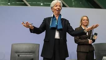 """Die neue EZB-Präsidentin Christine Lagarde hat sich gleich nach ihrer ersten Zinssitzung von ihrem Vorgänger Mario Draghi abgesetzt. """"Ich werde meinen eigenen Stil haben"""", sagte Lagarde bei ihrem mit Spannung erwarteten Auftritt in Frankfurt. (Archiv)"""