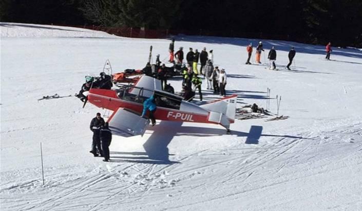Avoriaz: Flugzeug muss auf Skipiste notlanden