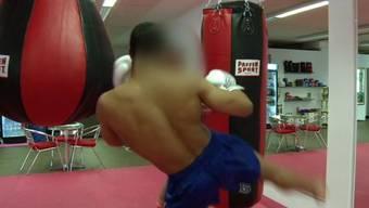 Boxlehrer von Carlos ist vorbestraft