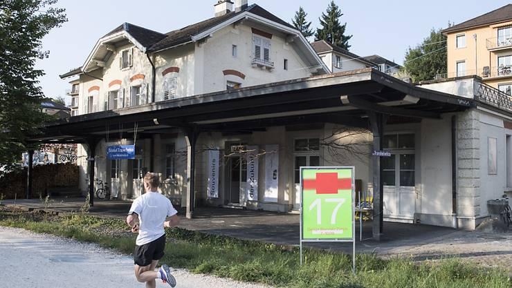Die Stadt Zürich hat 30 Anlagen und Bauten der SBB in das kommunale Denkmalschutz-Inventar aufgenommen. Hier im Bild der Bahnhof Letten. (Symbolbild)