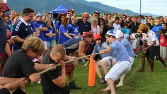 Die Highland Games in Kestenholz lockten nicht nur Schotten auf den Sportplatz ST. Peter