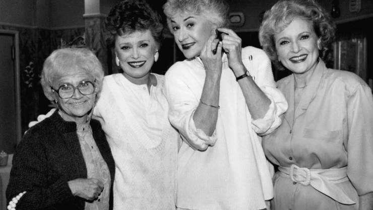 """Die US-Schauspielerin Peggy Pope, die etwa in Serien wie """"Golden Girls"""" mitgespielt hat, ist im Alter von 91 Jahren verstorben. (Symbolbild """"Golden Girls"""")"""