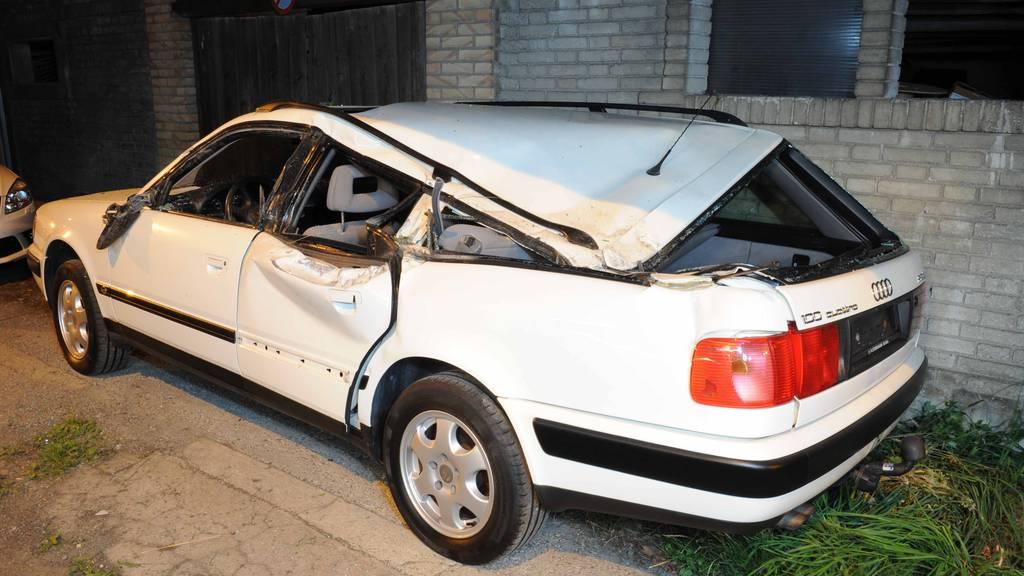 Gefährlich: Jeder 5. Unfall passiert wegen Ablenkung am Steuer