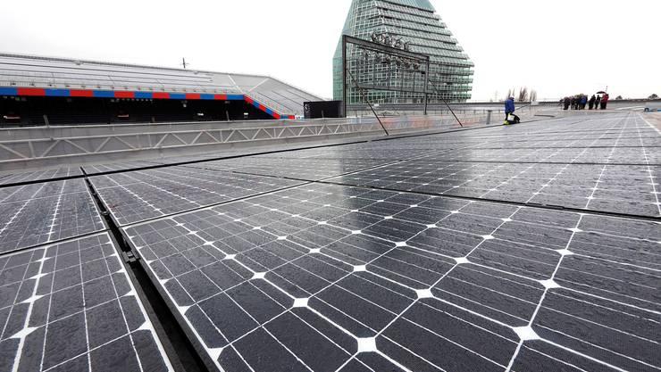 Die gröste Solaranlage der IWB in Basel: Der St. Jakob-Park.