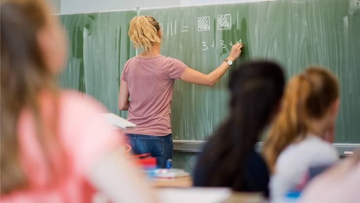 Lehrpersonen im Kanton Appenzell-Ausserrhoden verdienen im ersten Jahr im schweizweiten Vergleich am wenigsten.