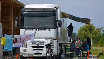 Der «Pfuusbus» kommt im Sommer oft an Open Airs zum Einsatz. Zvg