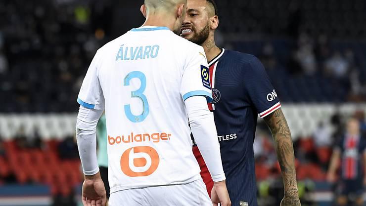 PSG-Superstar Neymar und Alvaro Gonzalez von Olympique Marseille geraten aneinander
