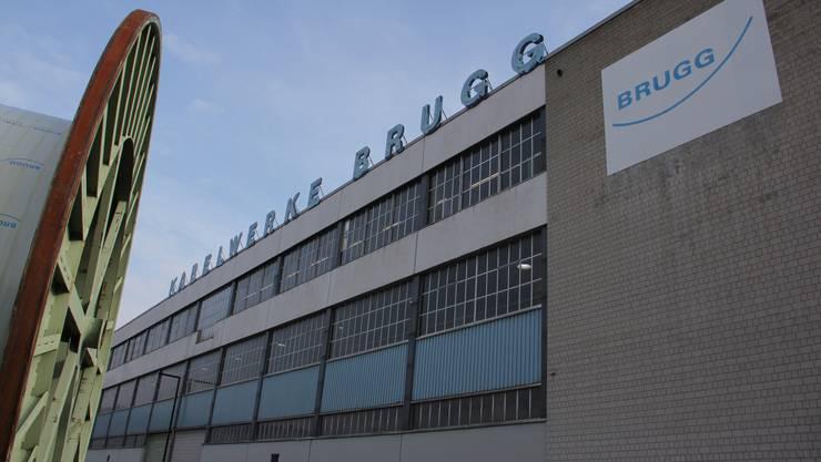 Der Sonnenschein trügt: Nach Bekanntgabe des Stellenabbaus bei Brugg Cables ist die Stimmung in den Werkhallen schlecht.