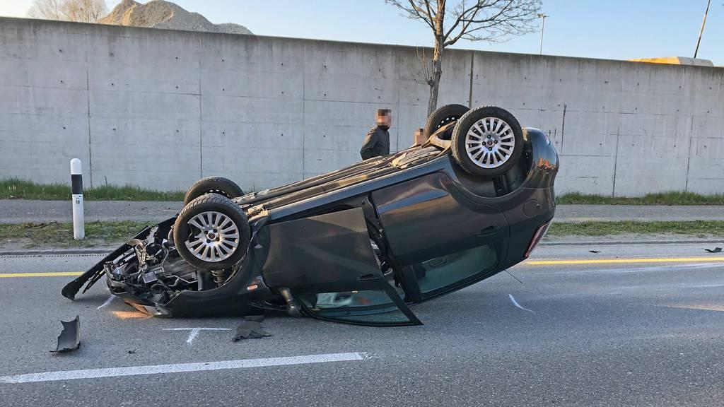 Das Auto des 60-Jährigen überschlug sich.