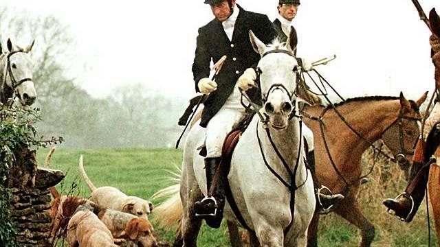 Prinz Charles (vorne) auf Fuchsjagd (Archiv)