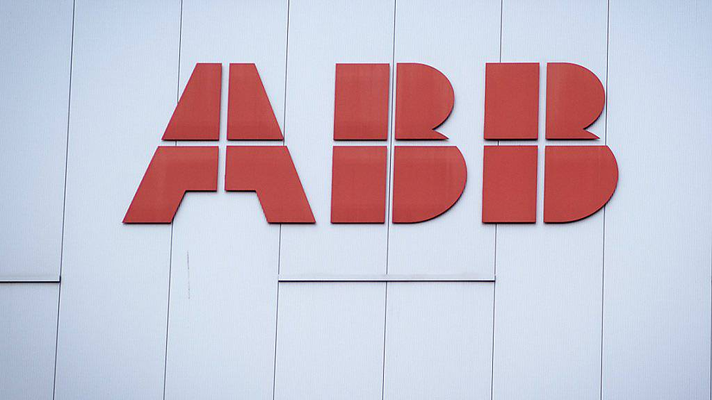 Der Industriekonzern ABB hat im dritten Quartal mehr Umsatz und Gewinn erzielt. (Archiv)