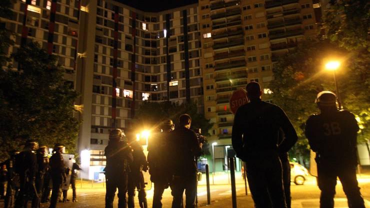 Auch in Grenoble gibt es Einwandererviertel. Dort kletterte die Jugendarbeitslosigkeit im Zuge der Wirtschaftskrise auf 40 Prozent oder höher.