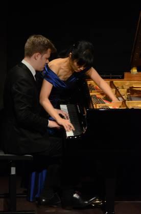 Libertango von Astor Piazolla - ein Tangotanz den sie nicht nur spielten sondern gleichzeitig in ihrer Körpersprache inszenierten  TAB