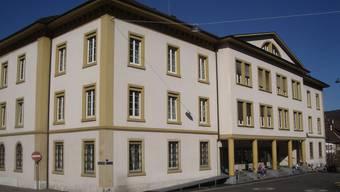 Die Gemeinde Binningen darf Liegenschaftsbesitzer nicht zwingen, ihre Häuser ans Fernwärmenetz der EBM anzuschliessen.