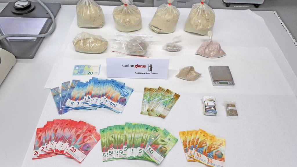 Heroin im Wert von 50'000 Franken gefunden: Zwei Dealer angezeigt