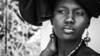 Die Photobastei in Zürich zeigt Bilder der 1982 in Mauretanien geborenen Fotografin Malika Diagana. Sie beleuchten das Leben in der senegalesischen Hauptstadt Dakar.