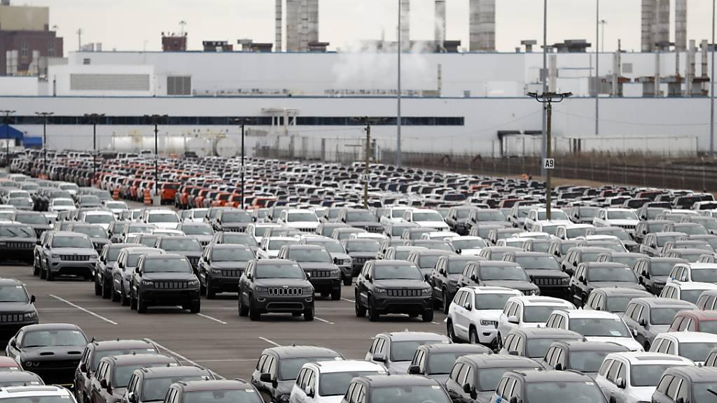 US-Industrie bremst Produktion wegen Corona in Rekordtempo
