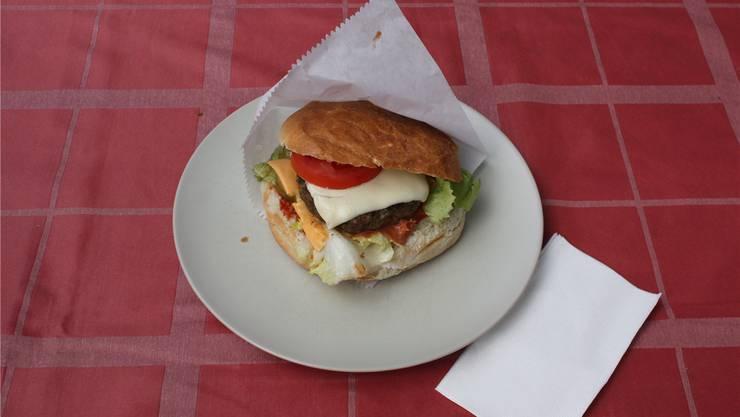 Knuspriges Brot, edles Fleisch, pikante Sauce: Der Gourmet-Burger.