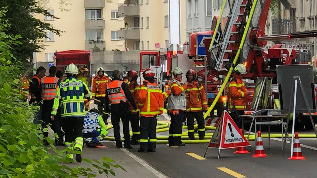 Feuerwehrautos fahren wegen Corona mit halber Besatzung