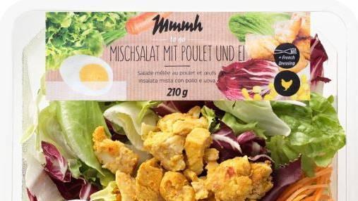 Discounter Denner warnt vor Listerien: Mischsalat mit Poulet und Ei der Hausmarke «Mmmh» mit Verbrauchsdaten bis und mit 11. September.