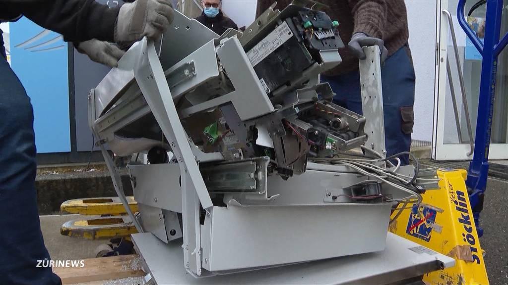 Schon wieder: Bancomat in Wilchingen gesprengt