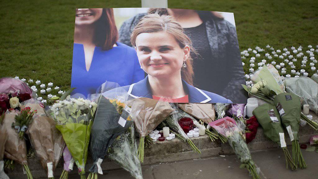 Im Mordfall der Abgeordneten Jo Cox fiel nun das Urteil (Archiv)
