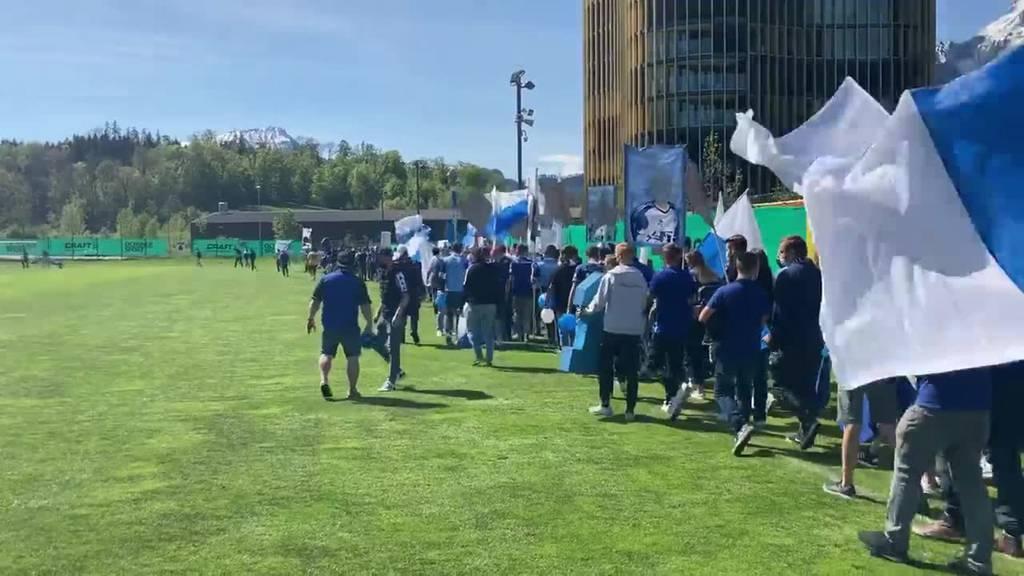 FCL-Fans überraschen «ihren» Goalie mit Abschiedsfeier