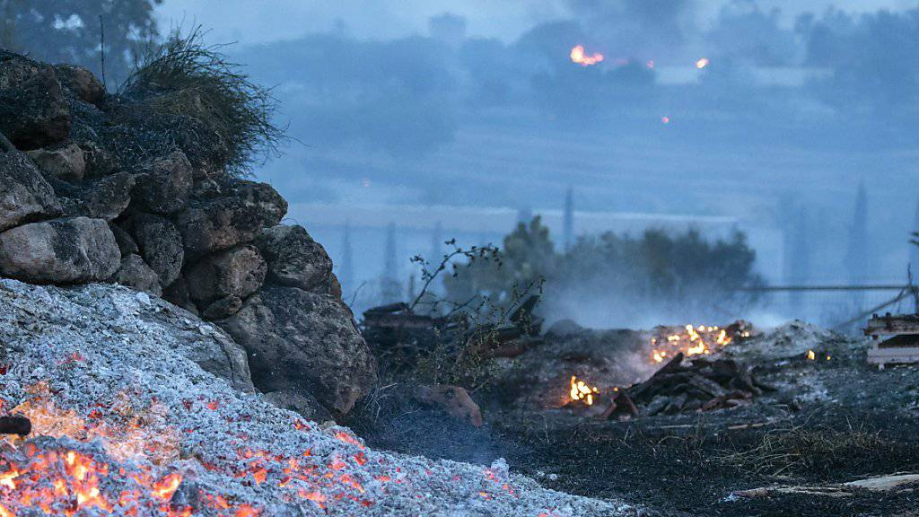 Waldbrände wüten im ganzen Land bei Temperaturen bei über 40 Grad. (Archivbild)