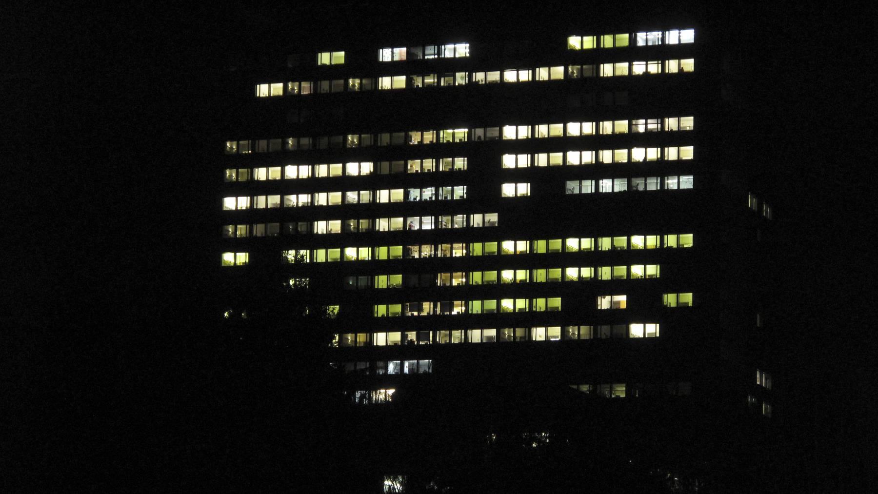 Luzerner Kantonsspital Luks in der Nacht