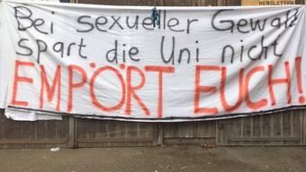 «Empört euch!»: Mit diesem Transparent wollen die Studierenden zum Semesterstart am Montag auf das Thema sexuelle Gewalt aufmerksam machen.