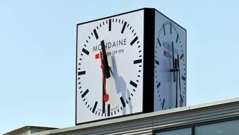 Mondaine und Migros verkaufen weiterhin Uhren unter der Marke M-Watch, aber mit je eigenem Logo.