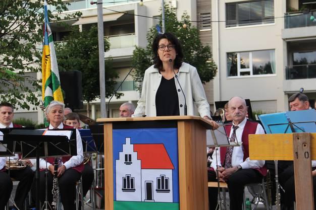 Bruggs Stadtammann Barbara Horlacher sprach bereits am Dienstag in Hausen.