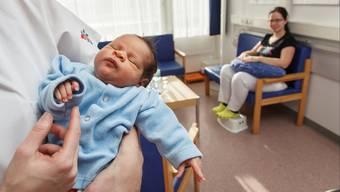 Um wie viel die Anzahl Geburten im Bürgerspital Solothurn zunehmen werden ist unklar - vorbereitet ist man auf jeden Fall schon jetzt. (Archiv)