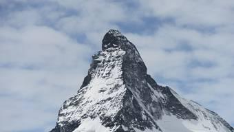 Tod am Matterhorn: Der verstorbene Alpinist befand sich auf dem Abstieg von der Solvay-Hütte am Nordostgrat auf rund 4000 Metern über Meer.