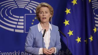 Die deutsche Ursula von der Leyen bei einer Pressekonferenz in Brüssel.