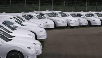 Im Juli wurden in der Schweiz und in Liechtenstein weniger Autos neu zugelassen als im starken Vorjahresmonat. (Archiv)
