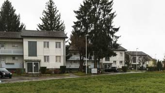 Drei der vier Wohnhäuser der verkauften Liegenschaft.