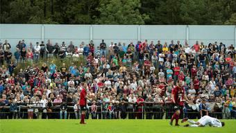 2013 wars knapp: Durch ein Tor von Matias Delgado gewann der FCB im Cup-Sechzehntelfinal 1:0 in Münsingen – auf einem gut besuchten Sportplatz Sandreutenen.