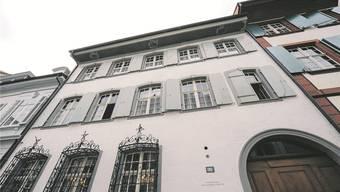 «Wir haben da ein Wörtchen mitzureden» erklärt SVP-Grossrat Oskar Herzig die Einmischung in den Theologie-Streit an der Uni Basel.